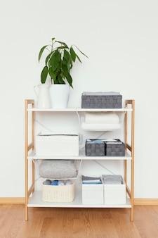 Armário organizado em casa