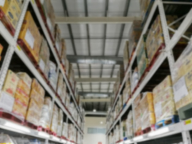 Armazém de armazenamento de mercadorias em armazéns, imagens borradas