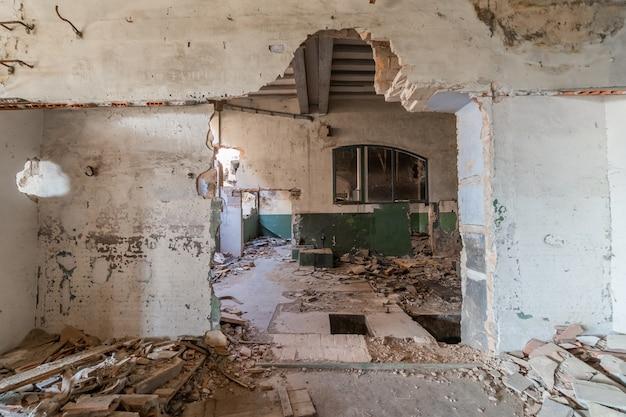 Armazém industrial abandonado