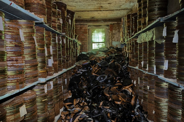 Armazenamento de filmes em um estúdio cinematográfico abandonado