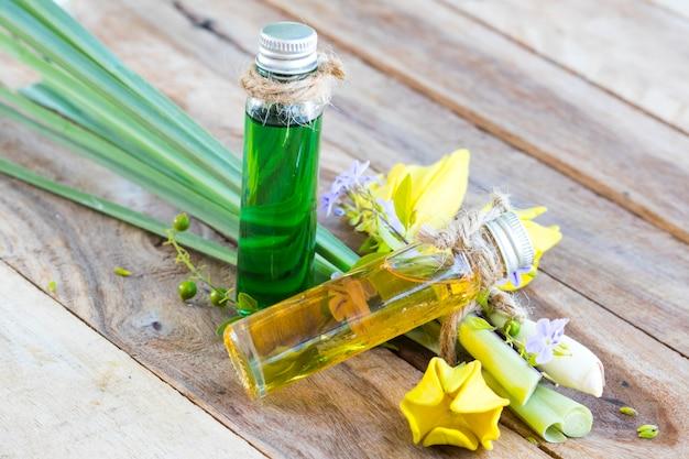 Aromaterapia com óleos de ervas para cuidados com a saúde