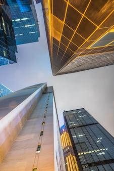 Arquitetura da cidade de hong kong, visão noturna, arranha-céu, china