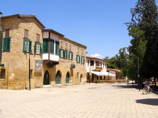 Arquitetura de buyuk han em lefkosa, chipre