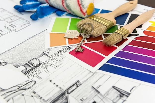 Arquitetura de design desenhando plantas de paleta de cores de renovação no escritório. construção de casa