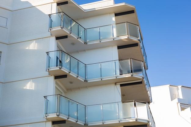 Arquitetura de design e conceito exterior de varandas modernas