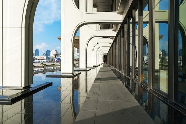 Arquitetura do hotel em qingdao olympic sailing center, china