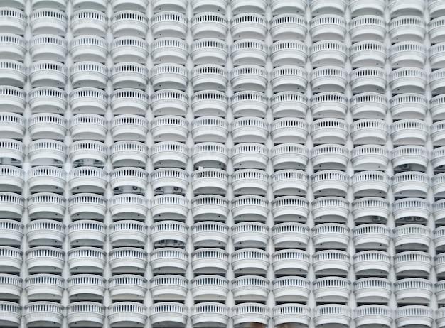 Arquitetura exterior com corrimões