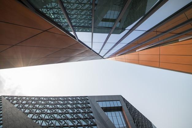 Arquitetura moderna do art center em chongqing, china