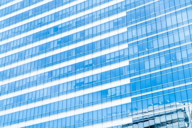Arranha-céu bonito edifício comercial com texturas de vidro de janela