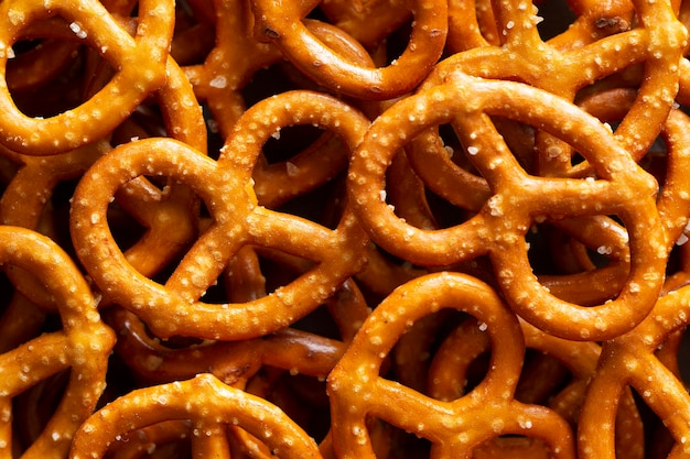 Arranjo acima da vista com pretzels