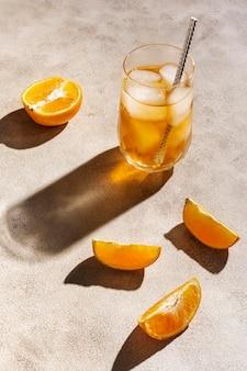 Arranjo com deliciosa bebida de mezcal