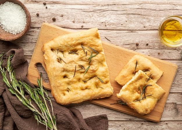 Arranjo com deliciosa pizza tradicional