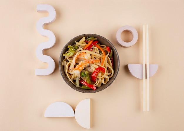 Arranjo criativo de comida deliciosa