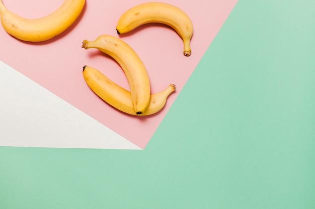 Arranjo de bananas de vista superior