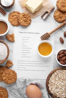 Arranjo de biscoitos sem açúcar