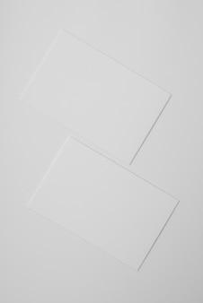 Arranjo de cartões de visita em branco