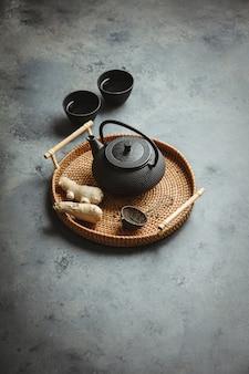 Arranjo de cerimônia de chá asiática tradicional, vista superior
