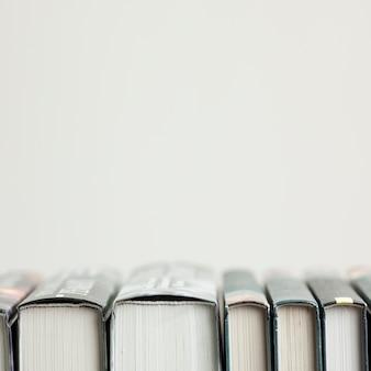 Arranjo de close-up com livros