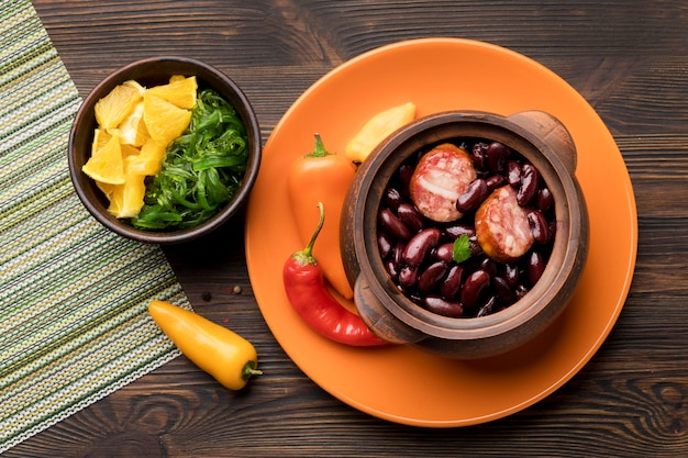 Arranjo de comida brasileira plana lay