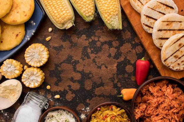 Arranjo de comida circular de vista superior