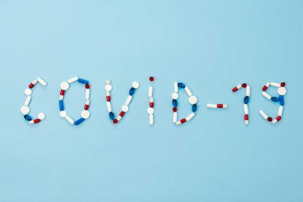 Arranjo de comprimidos covid10 vista superior
