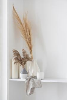 Arranjo de decoração de plantas para casa com espaço de cópia