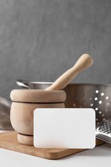 Arranjo de diferentes objetos de cozinha