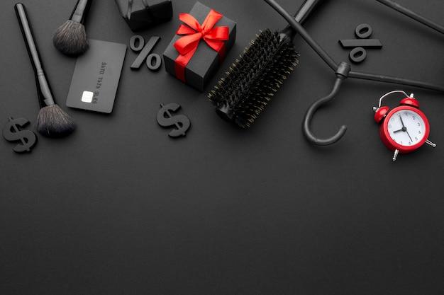 Arranjo de elementos de vendas black friday com espaço de cópia