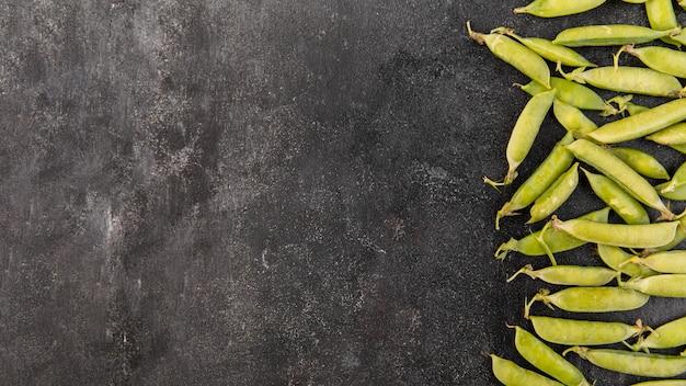 Arranjo de ervilhas com espaço de cópia