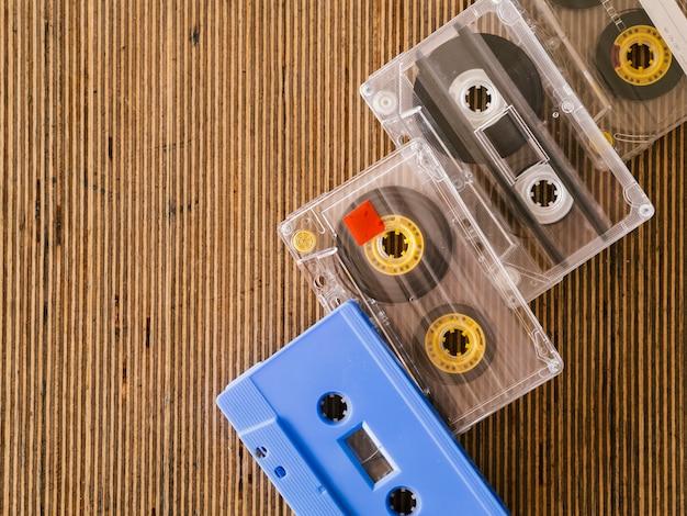 Arranjo de fitas cassete com cópia-espaço