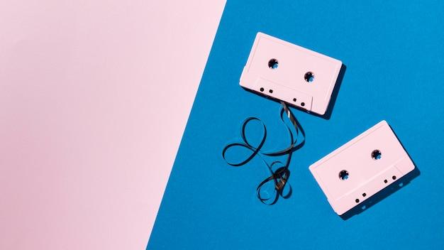 Arranjo de fitas cassete vintage Foto gratuita