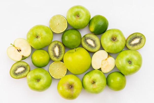 Arranjo de frutas verdes