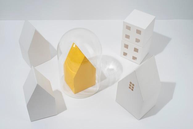 Arranjo de isolamento de estilo de papel