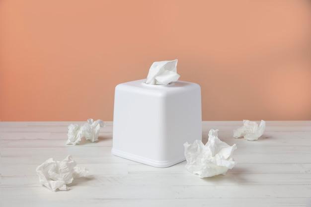 Arranjo de lenço branco nasal