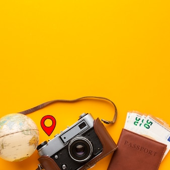Arranjo de objetos turísticos planos
