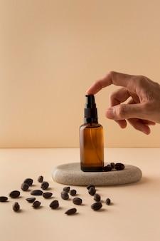Arranjo de óleo de jojoba saudável