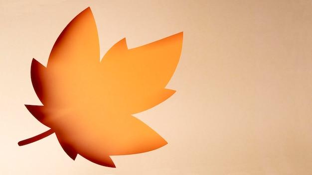 Arranjo de outono em estilo de papel