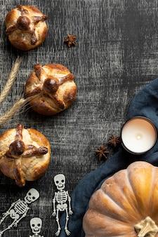 Arranjo de pão delicioso de mortos