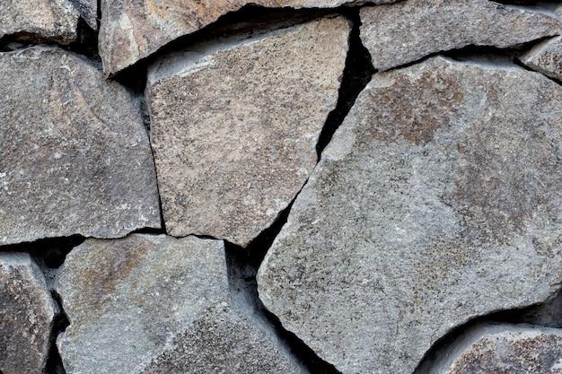 Arranjo de pedras de diferentes formas