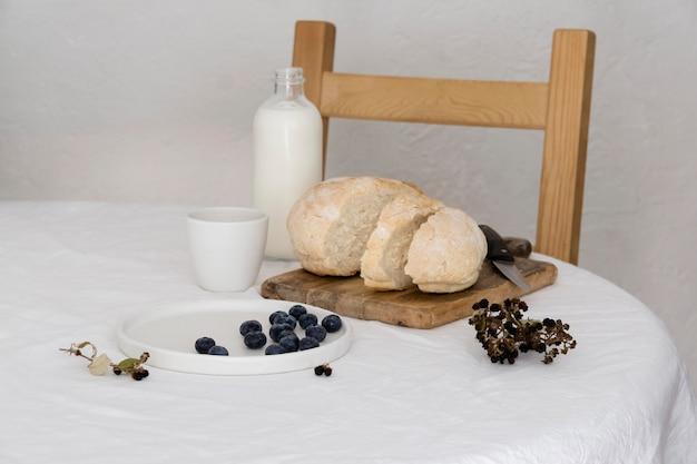 Arranjo de uma refeição saudável na mesa