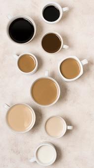 Arranjo de vista superior de deliciosos tipos de café com gradiente