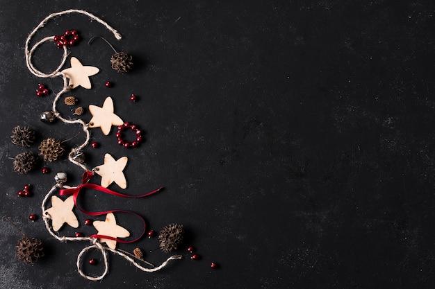 Arranjo decorativo de natal com espaço de cópia