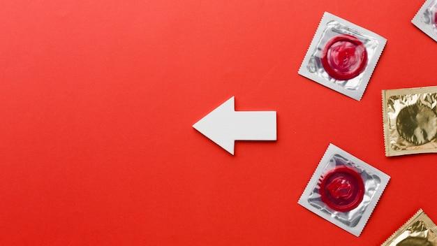 Arranjo do método contraceptivo de vista superior com espaço para texto