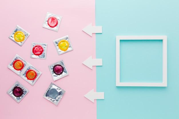Arranjo do método contraceptivo de vista superior com moldura vazia