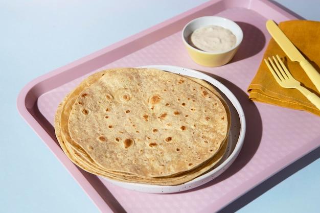 Arranjo indiano delicioso de roti