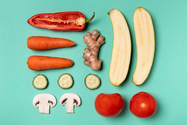 Arranjo plano de deliciosos vegetais