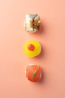 Arranjo plano de refeição de sushi