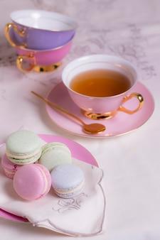 Arranjo sofisticado de elementos de festa do chá