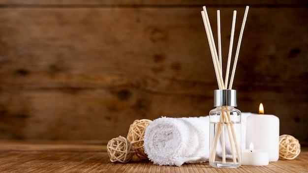 Arranjo terapêutico de spa com palitos perfumados