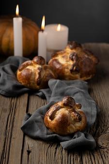 Arranjo tradicional de pan de muerto